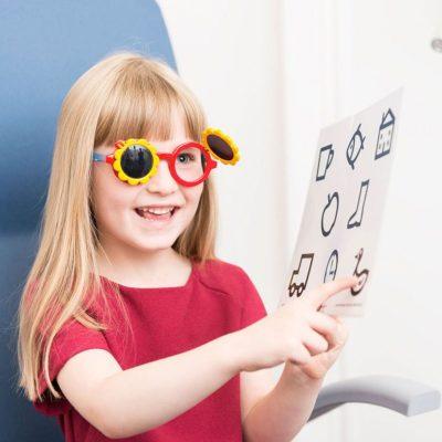 eye test child